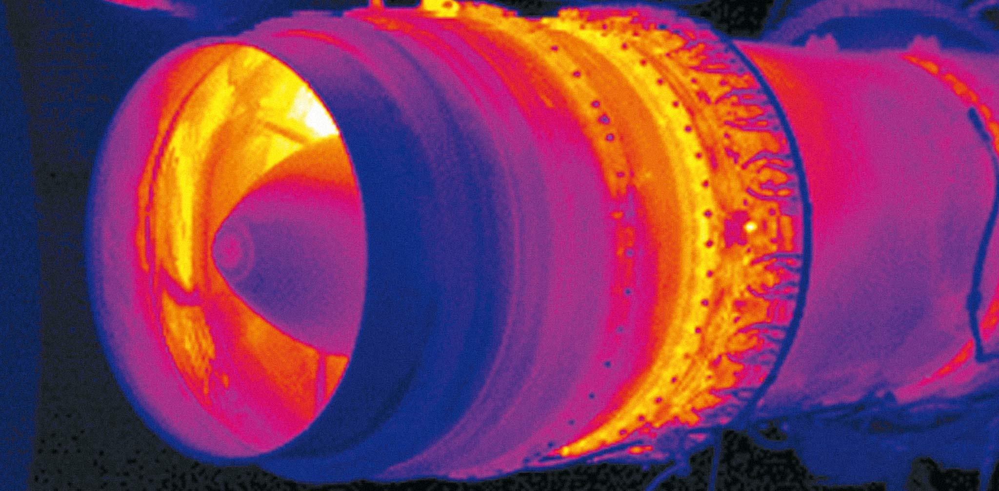 Pyrometer CT 3M für Niedertemperaturmessungen an Metall, J0617-E5530